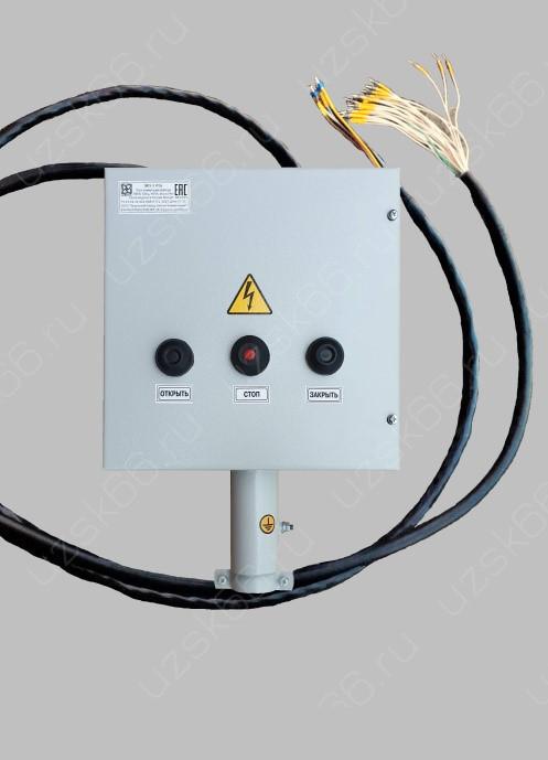 УКП-3-1-С IP54 УХЛ4 с кабельными шлейфами питания и управления